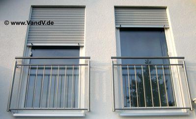 http://www.vandv.de/cpg148/albums/userpics/10001/normal_Balkon-Franzoesisch_21.jpg