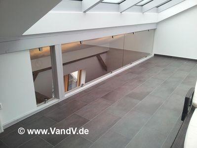 http://www.vandv.de/cpg148/albums/userpics/10001/normal_Edelstahl-Glas-Gelaender_43_.jpg