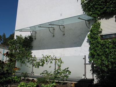 v v distribution edelstahl nach ma vordach und kleine berdachungen edelstahlvordach 39. Black Bedroom Furniture Sets. Home Design Ideas
